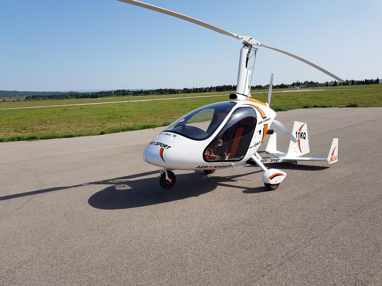 equipe-pilote-et-instructeurs-vol-ULM-a-lezignan-corbieres